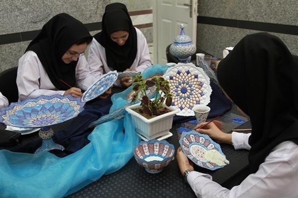 تولید 1260 میلیارد ریال صنایع دستی در سال 96 در استان مرکزی