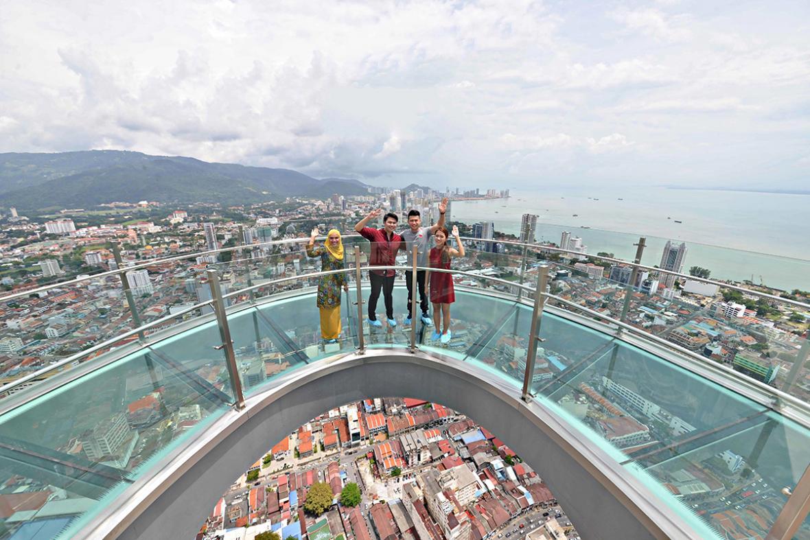 آشنایی مختصر در مورد مالزی