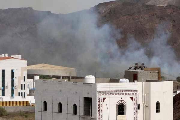 بیش از 110 کشته و زخمی بر اثر حملات هوایی امارات به نیرو های منصور هادی در عدن