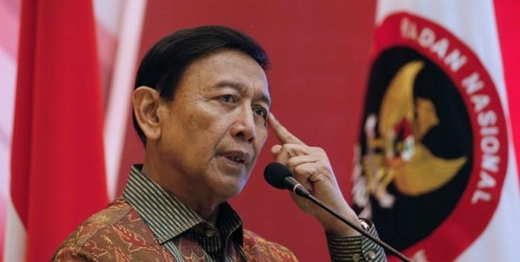 عکس و فیلم، حمله با چاقو به وزیر امنیت اندونزی