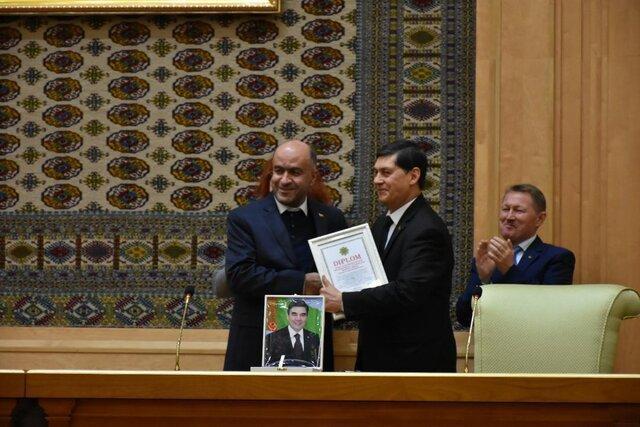 درخشش ناشران ایرانی در نمایشگاه بین المللی کتاب ترکمنستان