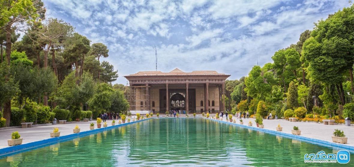 کاخ چهل ستون ، عمارتی شاهانه در اصفهان