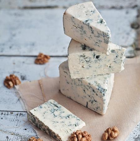 پنیر کپک زده برای مقابله با کرونا؟!
