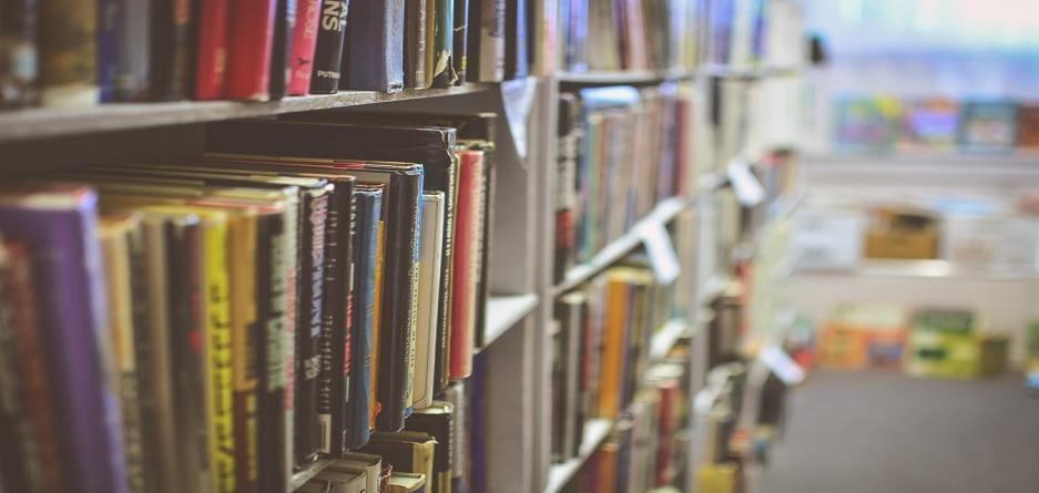 آشنایی با بهترین کتاب های رمان که در قرن معاصر جزو پرفروش ترین ها بوده اند