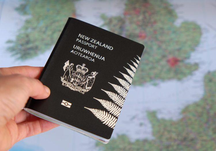 معتبرترین گذرنامه های جهان متعلق به کدام کشور ها است؟