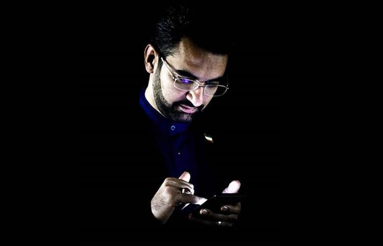 چرایی واکنش&zwnjهای غیرمنتظره به توئیت جوانی کنید وزیر جوان!
