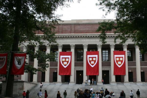 منابع اقتصادی دانشگاه های برتر جهان ، نقش بودجه دولتی در دانشگاه های جهان چقدر مهم است؟