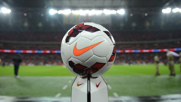 وزن توپ فوتبال چقدر است؟ (اندازه های استاندارد)