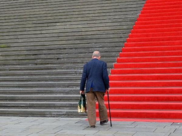 پیش بینی زوال شناختی با بررسی الگوهای راه رفتن