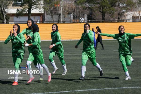 صدرنشینی سیرجان و توقف بم در لیگ فوتبال زنان