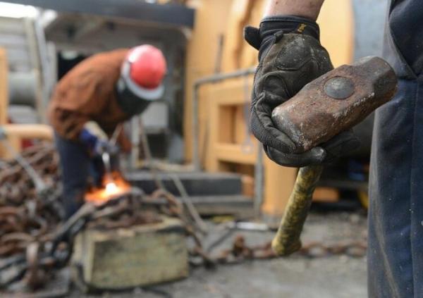 کارگران امروز 11 اردیبهشت تعطیلند، اشتغال اضافه کار محسوب می گردد