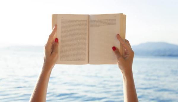 شعر کتاب ؛ شعر کوتاه، بلند، نو و تک بیتی درباره کتاب و کتابخوانی